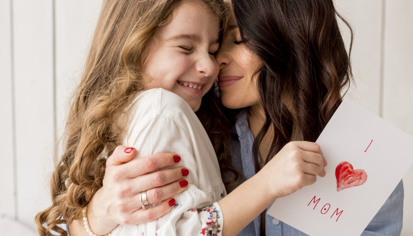 Top 5 des meilleurs cadeaux personnalisés pour la fête des mères