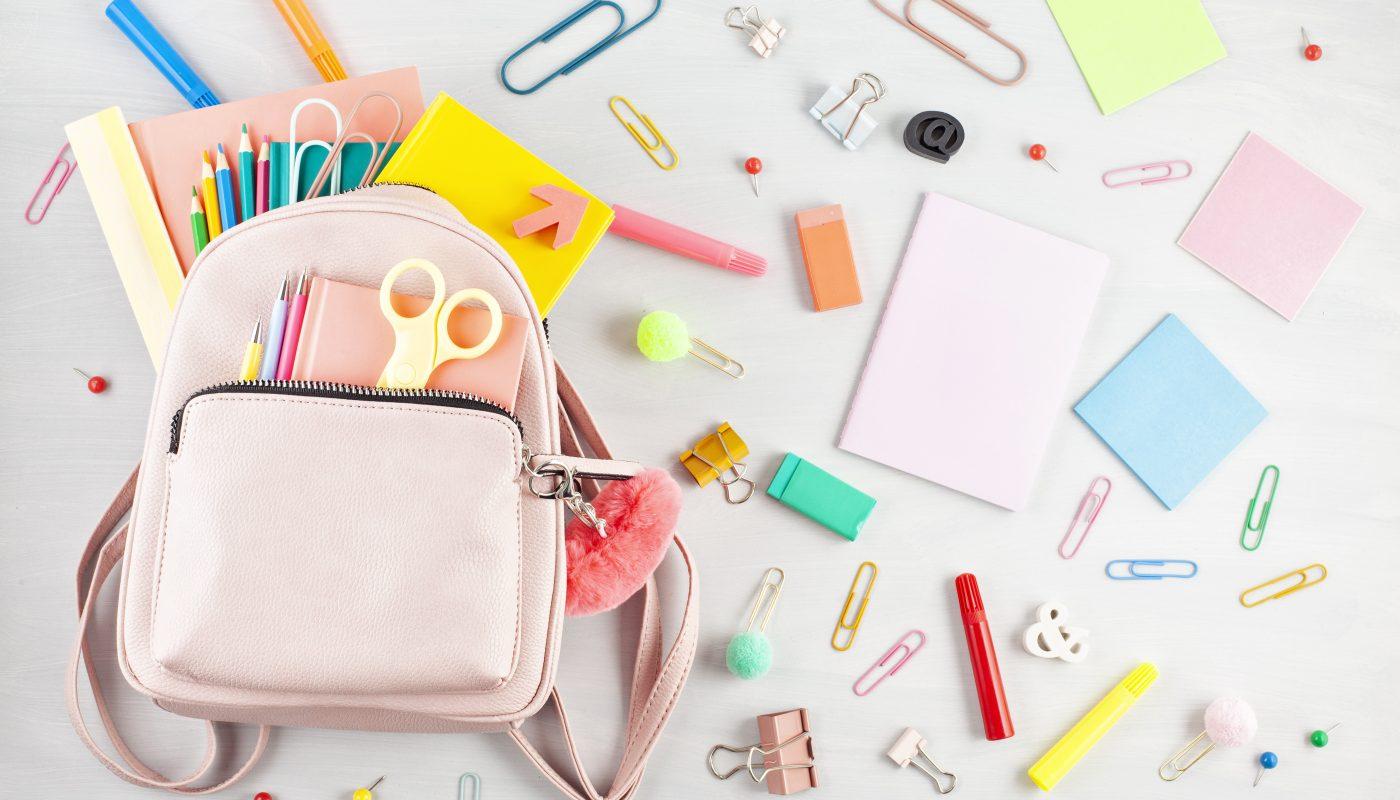 Zoom sur 5 accessoires personnalisés indispensables pour la rentrée des classes